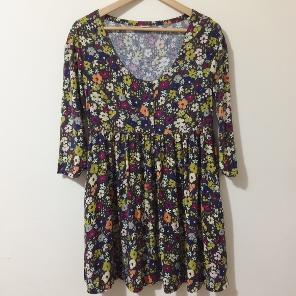 Fossil Dresses & Skirts - Fossil springtime floral dress with POCKETS!🌼